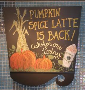 pumpkin-spice-latte-sign-7854631