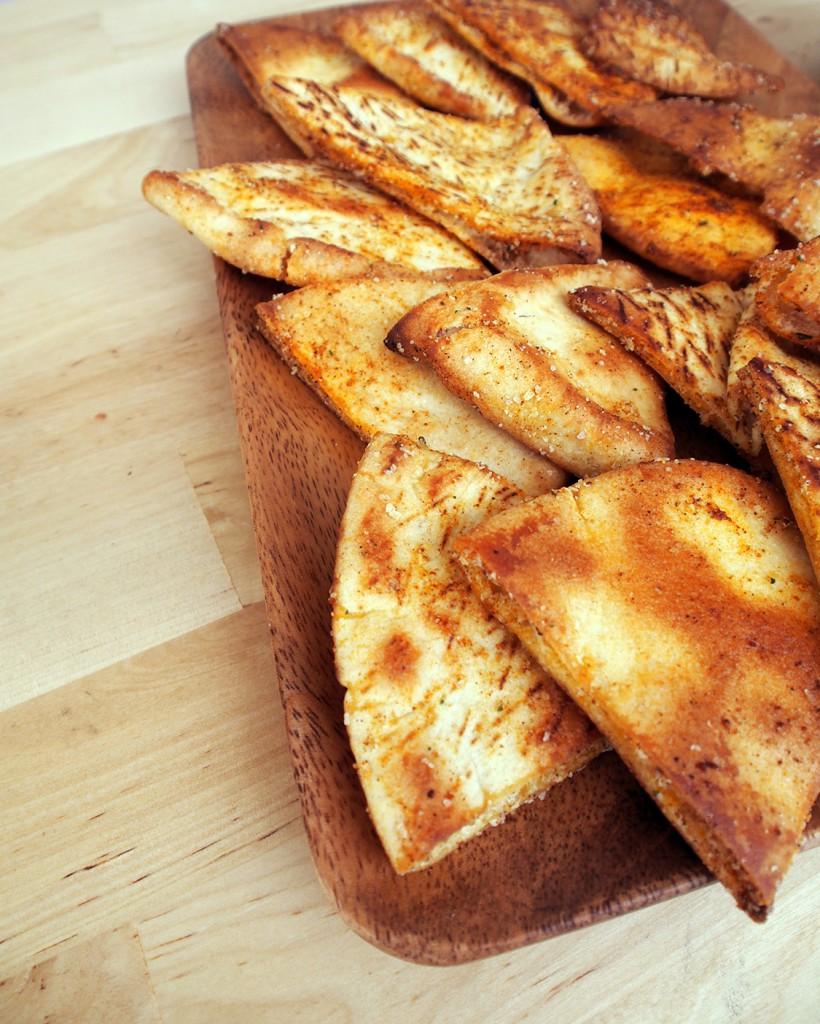 how to make pita chips at home