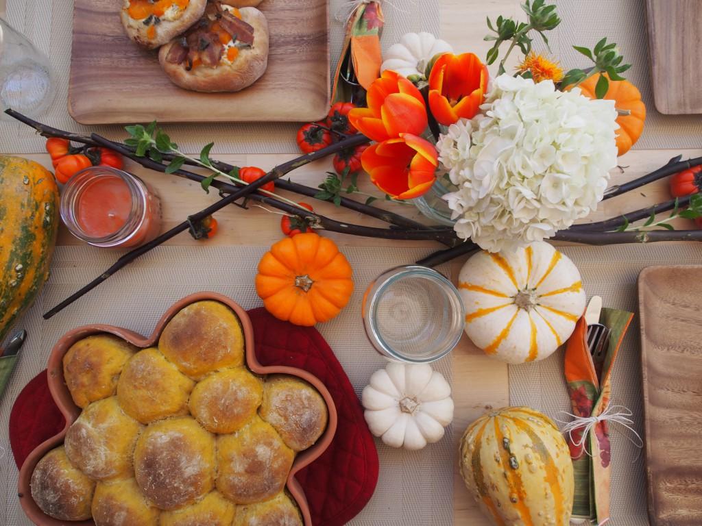 Easy Pumpkin bread recipe for Thanksgiving